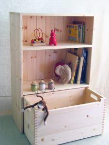 おもちゃ箱付き絵本棚23 オープン時の拡大写真