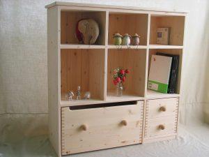 おもちゃ箱付き絵本棚6 クローズ時の拡大写真