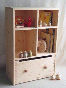 おもちゃ箱付き絵本棚25 クローズ時の拡大写真