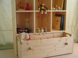 おもちゃ箱付き絵本棚12 オープン時の拡大写真