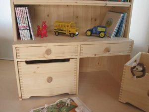 おもちゃ箱付き絵本棚14 おもちゃ箱拡大写真