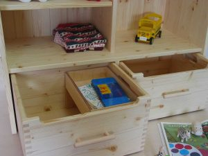 おもちゃ箱付き絵本棚15 おもちゃ箱部の拡大写真