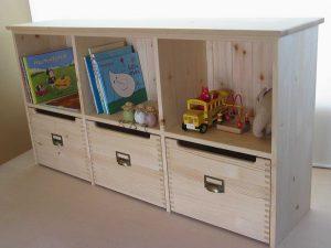 おもちゃ箱付き絵本棚19 クローズ時の拡大写真