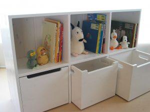 おもちゃ箱付き絵本棚27 オープン時の拡大写真
