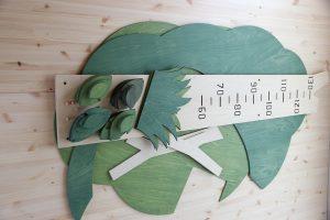 木の形の木製身長計 セット内容