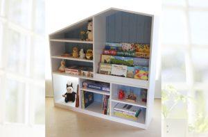 ドールハウス型絵本棚